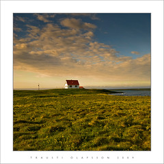 House in the country (Trausti lafsson) Tags: iceland bravo nikond80 lesamisdupetitprince saariysqualitypictures traustilafsson musicsbest flickrvault trolledproud blikaln