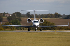 N128AB - 1501 - Private - Gulfstream G400 - Luton - 091023 - Steven Gray - IMG_2854