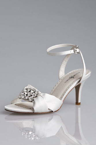 Center rhinestone ornament in bridal shoes