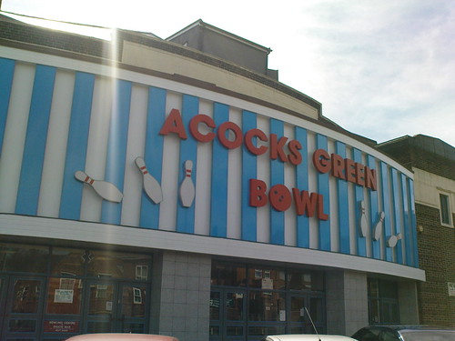 Acocks Green Bowl (formerly The Warwick Super Cinema, then later the Warwick Bowl)