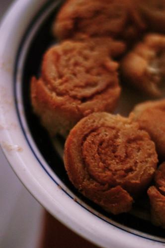 today's cinnamon rolls, a study in dim light