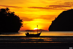 Good Morning Langkawi (naza.carraro) Tags: beach fisherman paradise village langkawi kampung jalan malay pantai nelayan topseven penarak