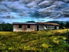 Casa campo abandonada (Bernardo Guzman Roa) Tags: verde rustico casa campo luckdragon falkor historiasinfin
