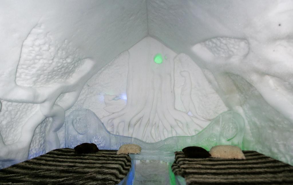 Suite sous la terre - Hôtel de glace
