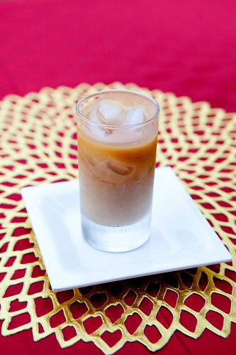 Iced cold brewed coffee