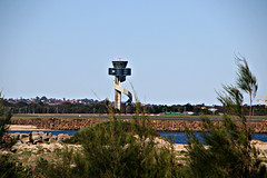 2017 Sydney Airport Control Tower (dominotic) Tags: sydney nsw australia newsouthwales 2017 botanybay water sydneyairport sydneykingsfordsmithairport airportrunway beach brightonlesands mascot ladyrobinsonsbeach sydneyairportcontroltower