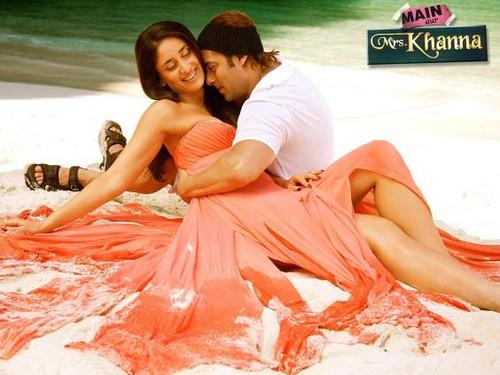 Salman Khan and Kareena Kapoor from the movie Main Aur Mrs Khanna