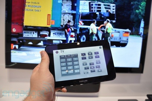 Samsung's LED TV Couple packs a 7-inch tablet