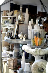 monochromatic display (almost) (contentedsparrow{megan}) Tags: market antiques fallfair craftshow crafters antiqueshow artisanmarket countrylivingmagazine countrylivingfair2009 theartofthedisplay