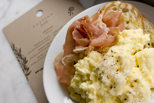 Steamed Scrambled Eggs with Proscuitto