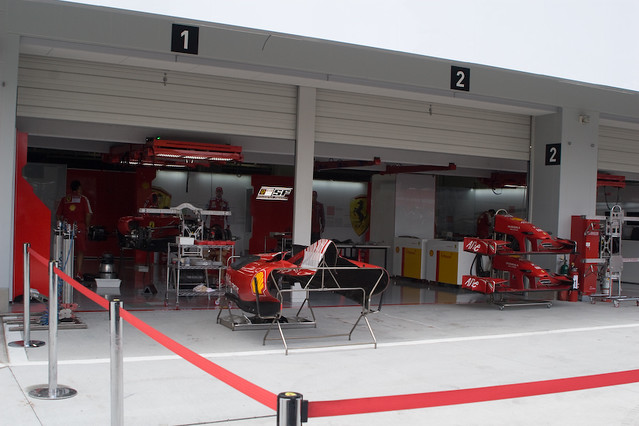 Ferrari Pit Garage