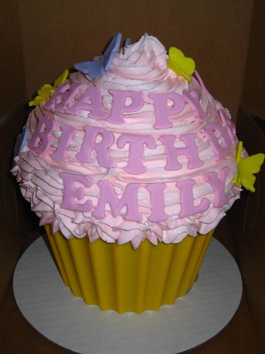 Giant cupcake 1st Birthday for a Girl