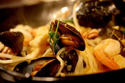 Mussel Laksa small