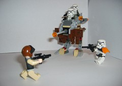 23_ Desert Battle (Alexander's Lego Gallery) Tags: light storm trooper bike rebel star ship desert lego space luke battle walker solo darth empire saber jedi stormtrooper anakin spaceship lightsaber wars vader vulture clone pilot sith han droid speeder chewbacca leia blaster skywalker rebels galactic organa speederbike
