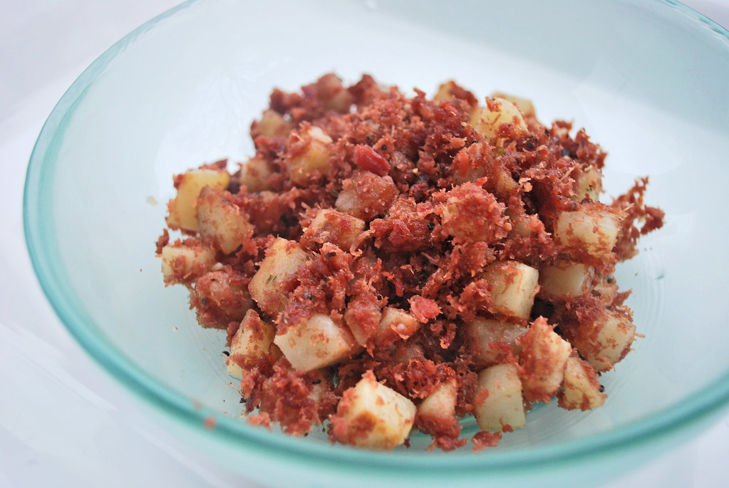 Belly Button Lint: Corned Beef Hash
