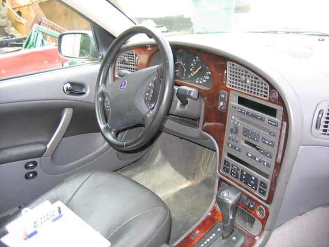 2001 Saab 95 Interior