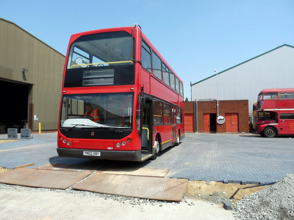 Plymouth Citybus 401 PN02XBY (by didbygraham)