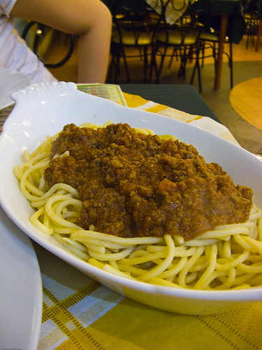 the Bolognese (large at P89.00) - Mamma Maria Pizzeria