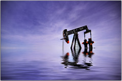 Don't forget to cry at your own burial (Extra Medium) Tags: texas flood explore oil frontpage oilrig noddingdonkey petroleum miikesnow