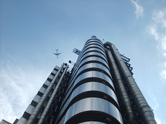 City of London Lloyds Building (jocat1980) Tags: london architecture aeroplane financialdistrict willis lloyds cityoflondon