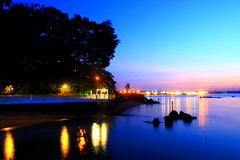 Twilight At Changi (Mel Mijares) Tags: blue sunset sea cliff point twilight sailing stones walk deep mel hour changi tampines kelong changibeachclub changipoint