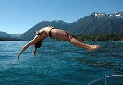 Mollie - back dive (Sweendo) Tags: lake mountains water washington back nikon d70 dive mollie cushman