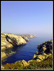 Baleal 3 (Miguel Tavares Cardoso) Tags: blue sea portugal azul mar picturesque baleal peniche otw rochedos miguelcardoso beautifulexpression ilustrarportugal sérieouro worldtrekker miguelcardoso2008 migueltavarescardoso