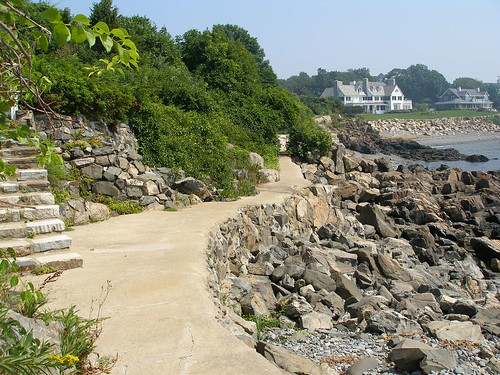 Cliff Walk - Attractions/Entertainment -