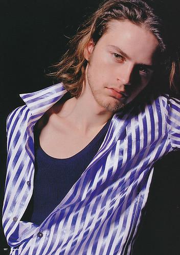 Jamie Strachan5027(Esquire2003_05)