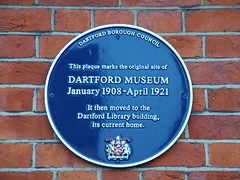 Photo of Dartford Borough Museum blue plaque