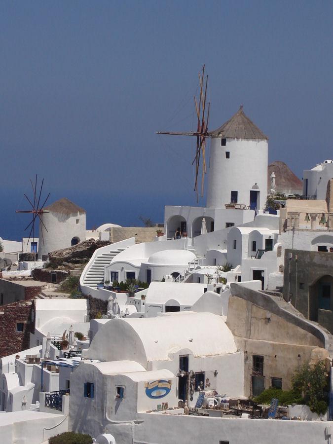 Santorini_windmills wiki