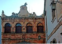 Di fronte al Duomo (Ola55) Tags: italy distillery puglia italians ostuni aplusphoto bellitalia fdream hccity yourcountry ola55 centrostoricoostuni