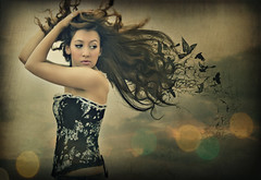 Feel the flaps of the wind (Desire Delgado) Tags: sky girl birds hair wind feel viento pajaros flap pelo sentir aleteo