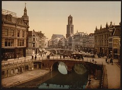 [The Oude Gracht Bakkerbrug, Utrecht, Holland] (LOC) (The Library of Congress) Tags: canal utrecht domtoren arch dom tram libraryofcongress citycenter domkerk gracht oudegracht bakkerstraat bakkerbrug peekcloppenburg vinkenburgstraat xmlns:dc=httppurlorgdcelements11 dc:identifier=httphdllocgovlocpnpppmsc05869