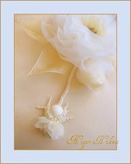 Yüzük yastığı (nigarhikmet) Tags: flowers flower art canon handmade mint craft pillow ribbon bridal lint gül elişi weddingideas ribbonrose stumpwork ribbonembroidery ringpillow kurdela silkribbonembroidery sakarya ribbonwork weddingaccessories ribbonroses akyazı kurdele sulampita nigarhikmet bändchenstickerei odemisipegi kurdelenakisi ödemişipeği lintborduren kurdelenakışı lintwerk lintborduurwerk zijdelintborduren bordurenmetlintgaren 带刺绣 панделкабродерия kaspinassiuvinėjimas fitabordado bordadodecinta リボン刺繍 sulamanpita 帶刺繡 شريطالتطريز nastroricamo 리본자수 panglicăbroderie лентавышивка yüzükyastığı ribbonsilkembroidery kurdelegül kurdeleişi gülnasılyapılır
