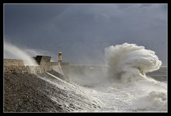ROUGH SEA, PORTHCAWL, WALES. (IMAGES OF WALES.... (TIMWOOD)) Tags: wood sea lighthouse water wall southwales wales coast tim big dangerous rocks gallery lashes harbour sony wave massive huge com rough alpha bridgend porthcawl highwinds a700 ysplix bridgendcounty mygearandme