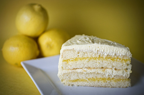 Woody's Luxury Lemon Cake