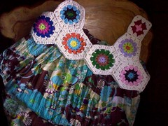 WIP - Using Hexagons (LauraLRF) Tags: thread handmade crochet yarn cotton mano hilo hexagons ropa vestido artesania algodon hecha reciclado ganchillo accesorio hexagono