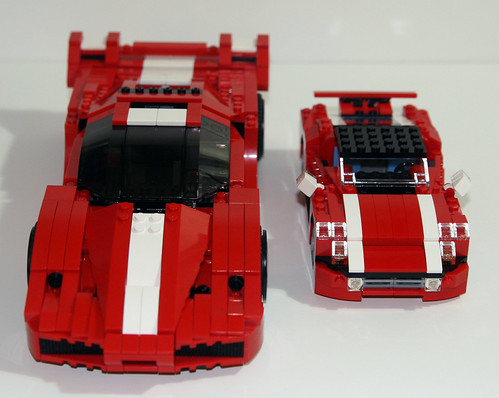 2010 LEGO Creator 5867 Super Speedster - Compared to 8156 Ferrari FXX