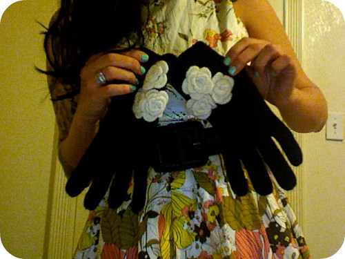 super cute gloves!