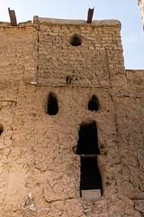 Oman // Wadi Nakhur - Al Hamra (Rita Willaert) Tags: wadinakhur sultanaatoman sultanqaboesbinsaidalsaid oman sultanqaboes verenigdearabischeemiraten kloof absolutemonarchie salalah arabischeschiereiland alhamra premierqaboesbinsaidalsaid westindië addakhiliyahgovernorate om