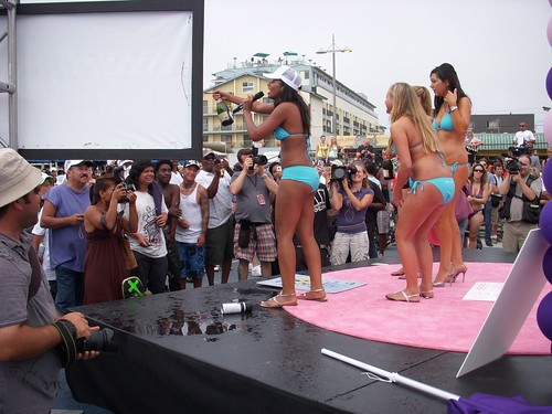 Bikini World Record Venice Beach