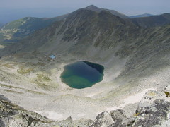 ( Icy Lake), Shelter Icy Lake (proxima2) Tags: lake mountains peak bulgaria rila icy shelter musala proxima2