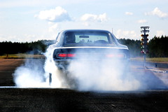 (MoStuff Sthlm) Tags: vintage drag sweden scat racing pack strip dodge mopar burnout sthlm rt charger connection direct digest orsa mopars mostuff bbody