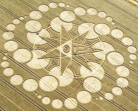 crop-circles-field-photo-13