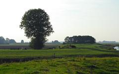 (sendepause @ vanderlaan.fotografeert) Tags: landscape d200 dijk dike landschap groningenprovincie miengrunnegerlaand sluitertijdfotografie