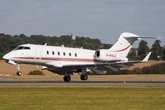 G-KALS - 20106 - Private - Bombardier BD-100-1A10 Challenger 300 - Luton - 091008 - Steven Gray - IMG_0106