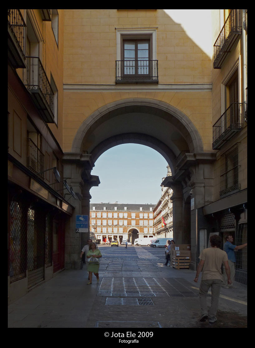 Arco Este de la Plaza Mayor I