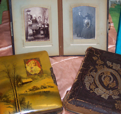 antique-photo-albums
