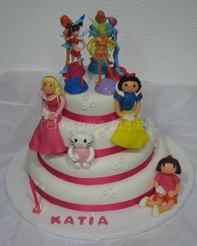 Winx, Branca de Neve, Bela Adormecida, Kitty e Dora